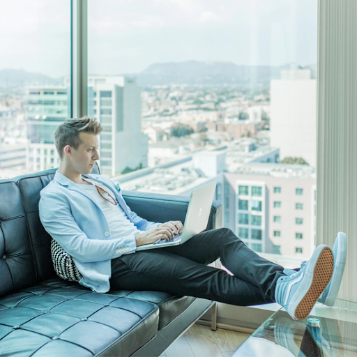 Make Affiliate Marketing Your Full-Time Job